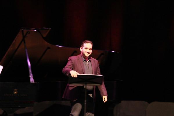 Rene Barbera in Recital